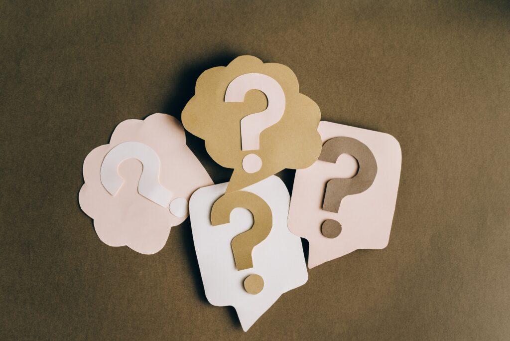 4 Fragezeichen